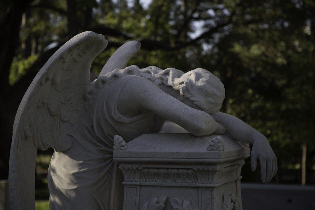 Comment Présenter Ses Condoléances à Un Collègue De Travail